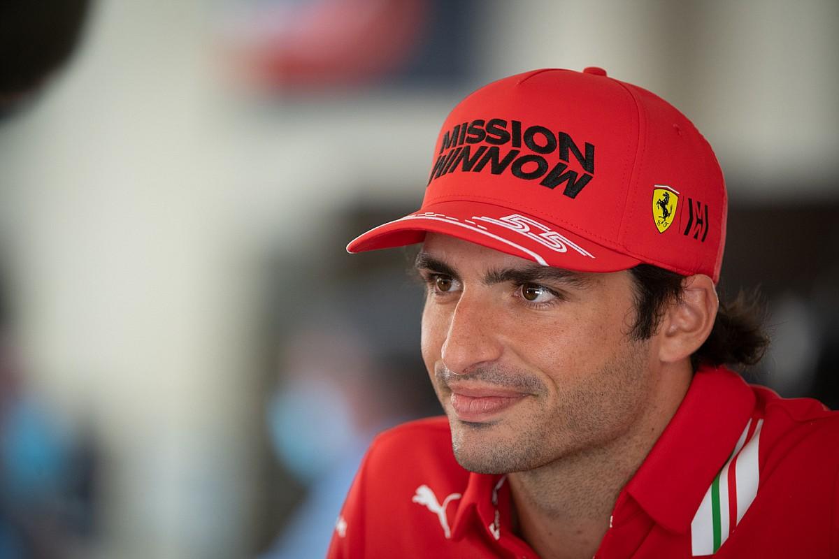 Sainz wil weinig kwijt over crash tijdens Pirelli-bandentest