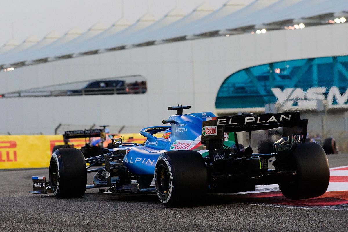 Alonso pleit voor gelijkere F1-autos: Zo kan iedereen om podium vechten