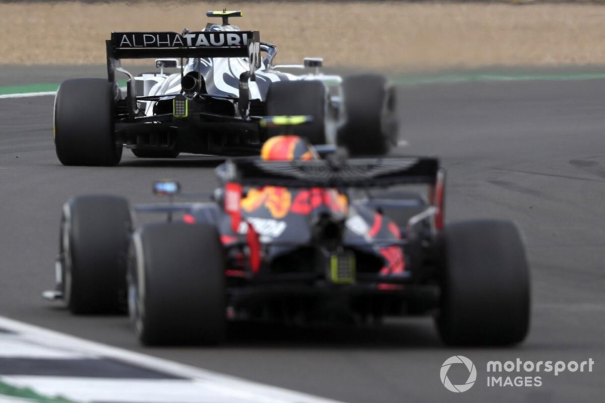 Ondenkbaar  dat Red Bull teams verschillende motor nemen